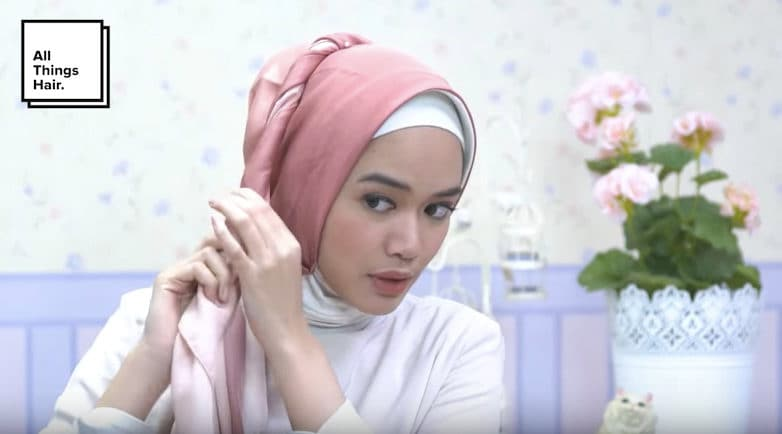 Dhana xaviera dengan gaya hijab
