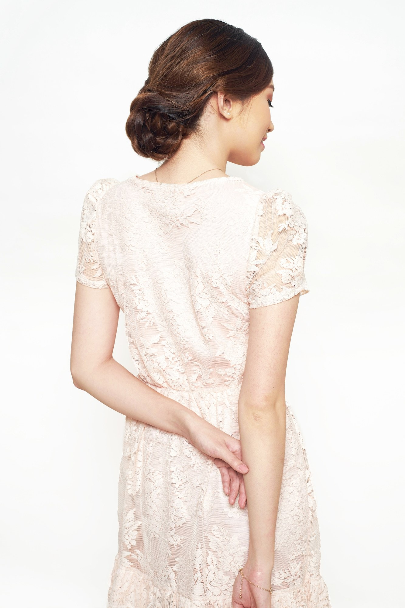 Model Rambut Wanita Kurus Tinggi