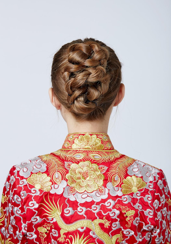 18 Variasi Model Rambut Kepang Untuk Pesta yang Chic