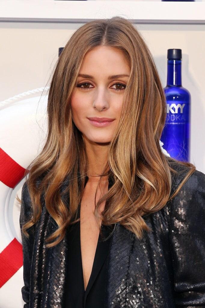 Olivia Palermo warna rambut bronde dengan sentuhan caramel