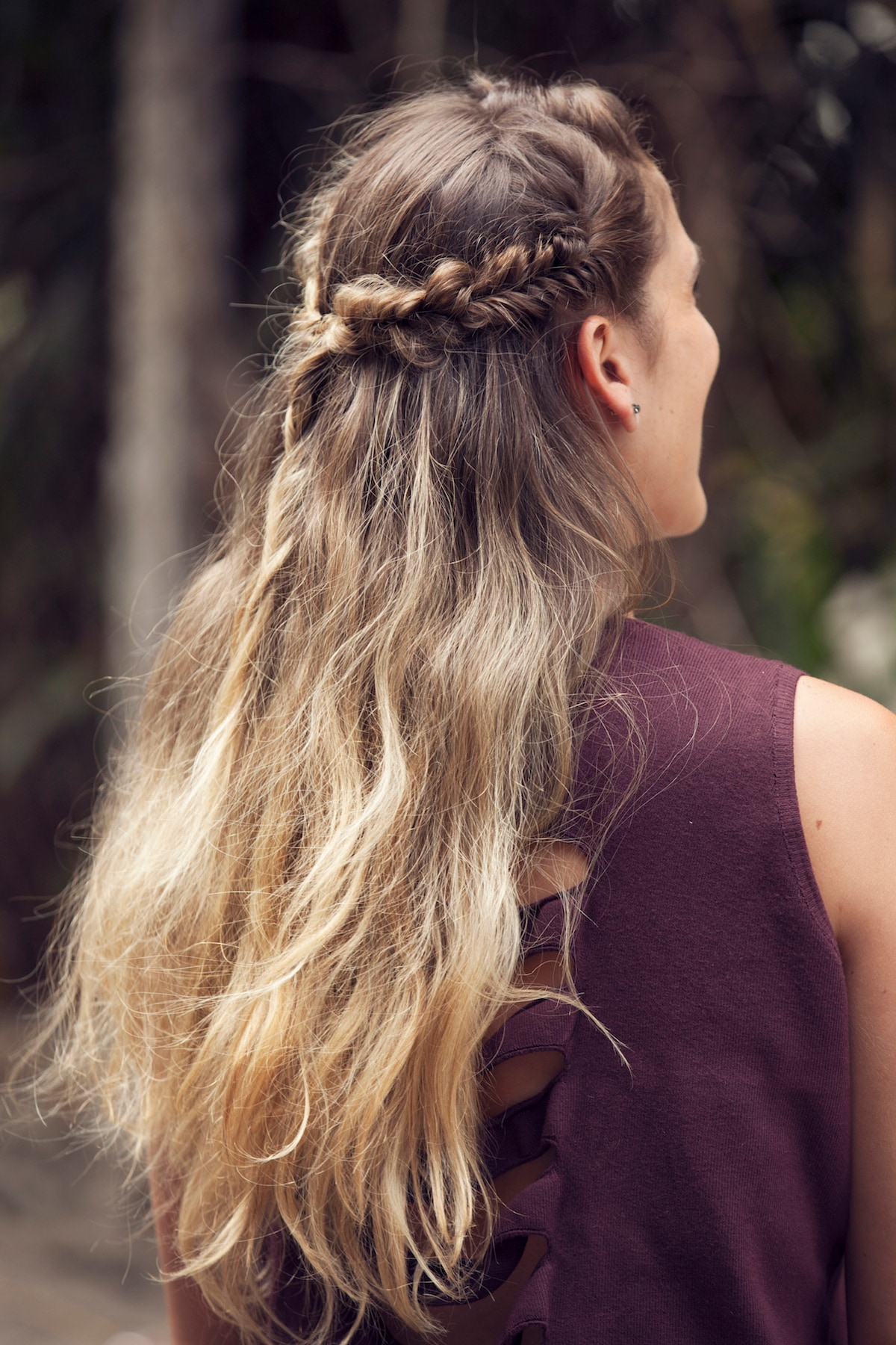 Gaya rambut acak model rambut crown braid messy fishtail
