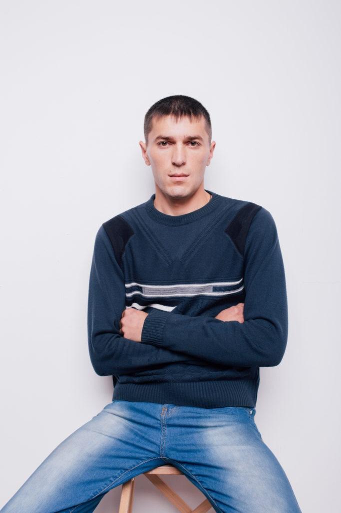 11 Variasi Gaya Rambut Tipis Pria Agar Terlihat Lebih Tebal