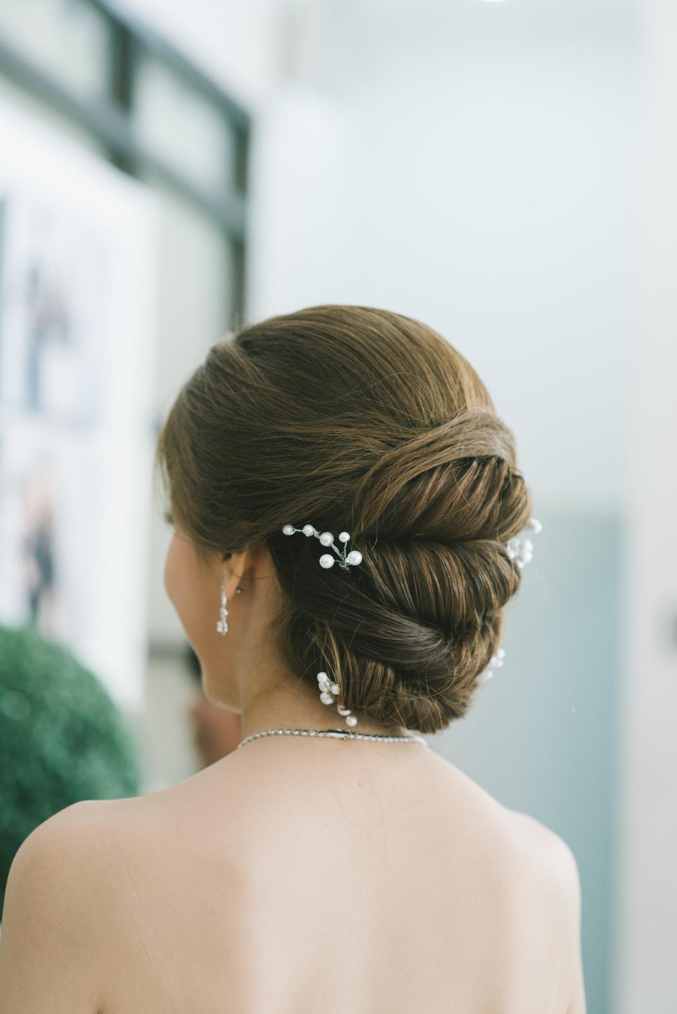 15 Model Rambut Pesta Pernikahan Modern Yang Cocok Untuk Semua Pilihan Busana