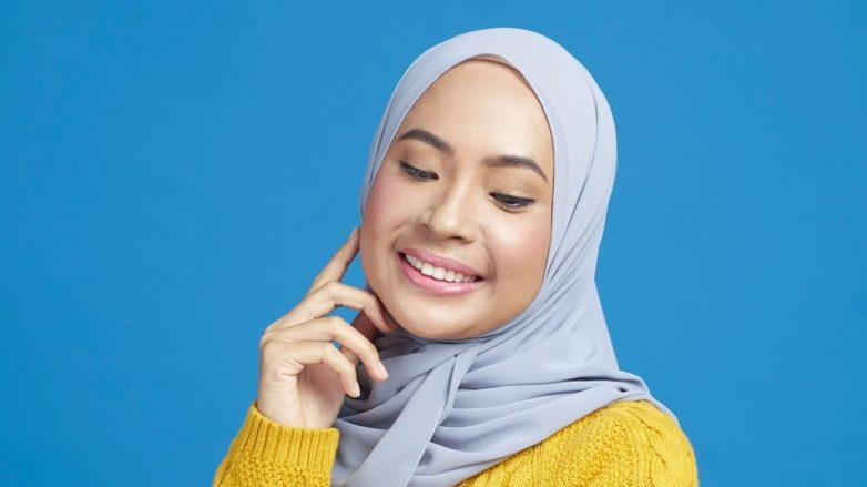 merawat-rambut-berhijab-dengan-shampoo-hijab