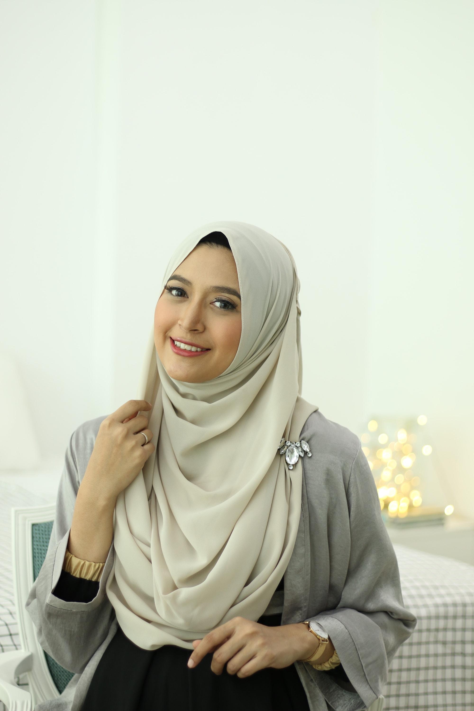 Tutorial Sweet Chiffon Hijab A La Natasha Farani
