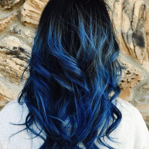 Warna Rambut Biru Tetap Trend Di 2021 Ini 34 Variasi Pilihan Terlengkap
