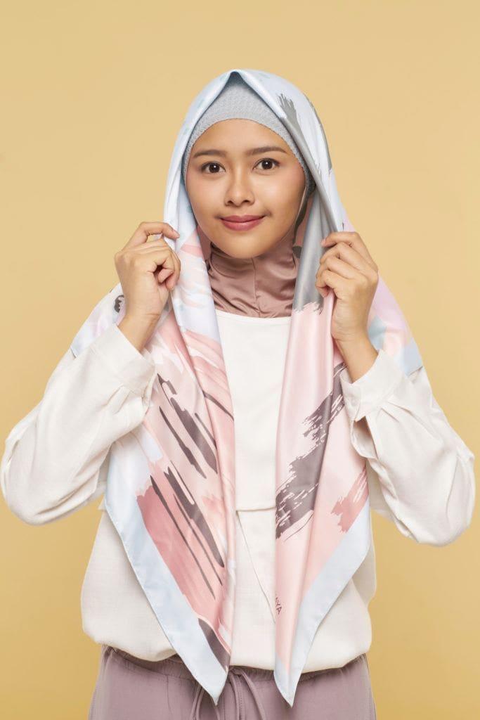 pakai hijab bentuk segitiga