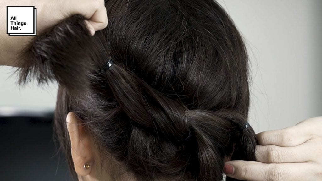 Step 3 low knot bun - dewi paramita.