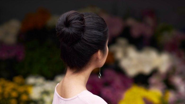 cara-membuat-sock-bun-wanita-asia-dengan-gaya-rambut-cepol-782x439.jpg