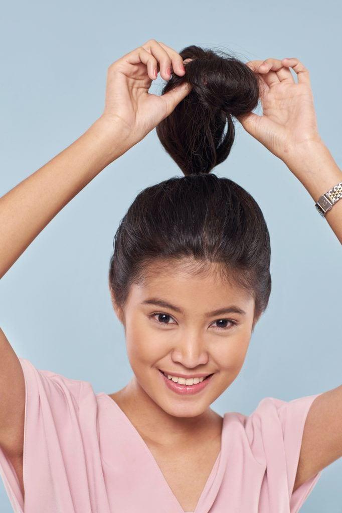 Wanita asia dengan model rambut