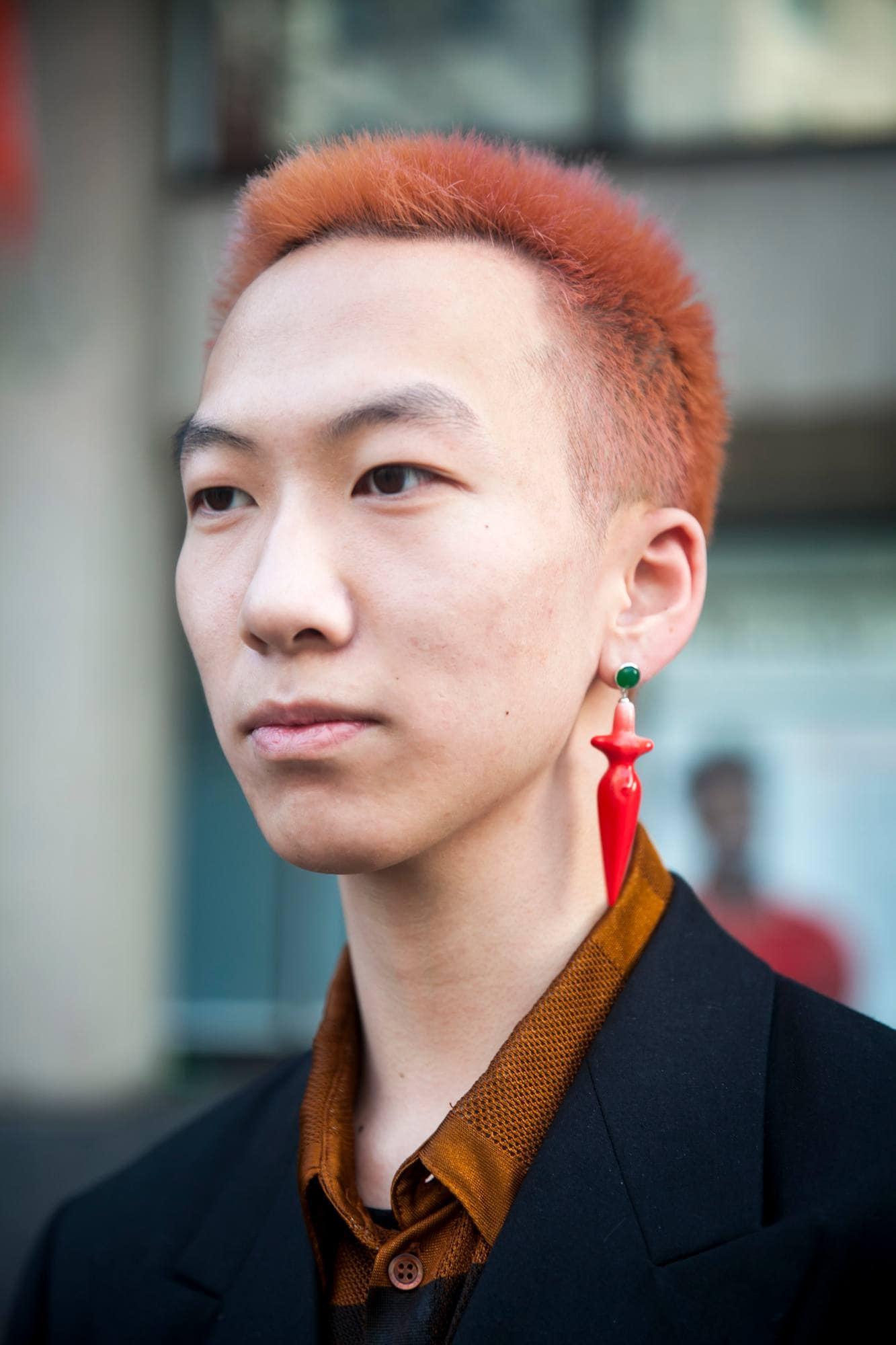 Gaya rambut pria cepak diwarnai