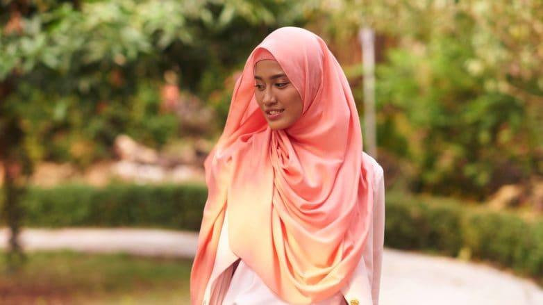 tutorial-menata-hijab-pashmina-782x439.jpg