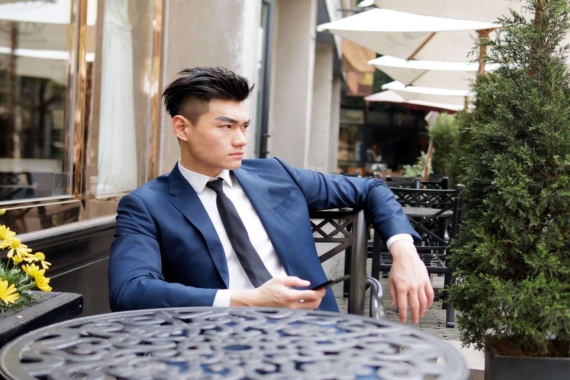 7 Tren model rambut pria Korea yang sedang tren