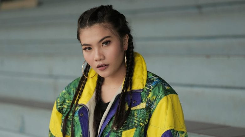wanita-asia-dengan-gaya-rambut-cornrow-782x439.jpg