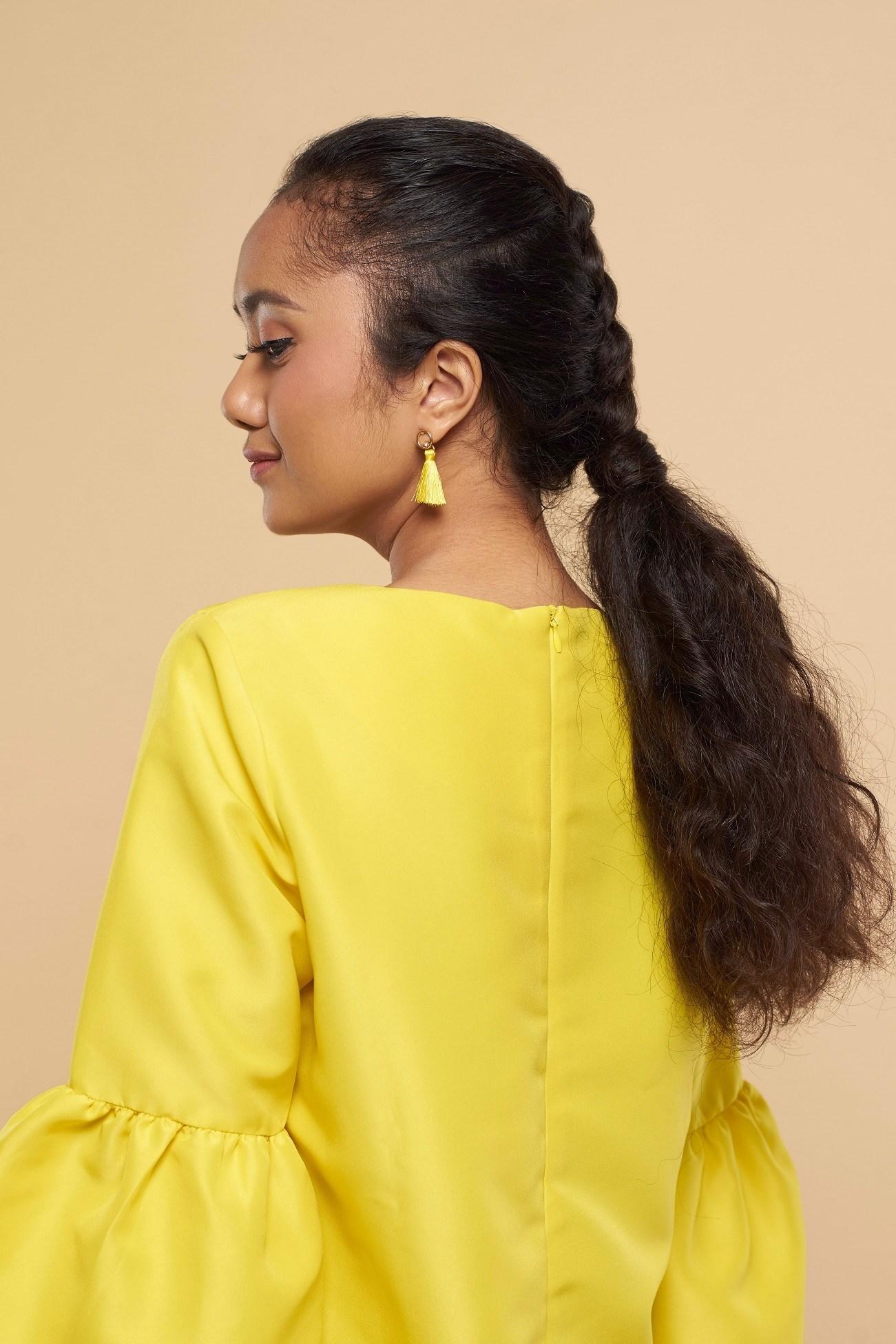 6 Pilihan Untuk Model Rambut Keriting Mengembang