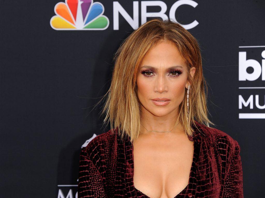 model rambut wanita leo jennifer lopez