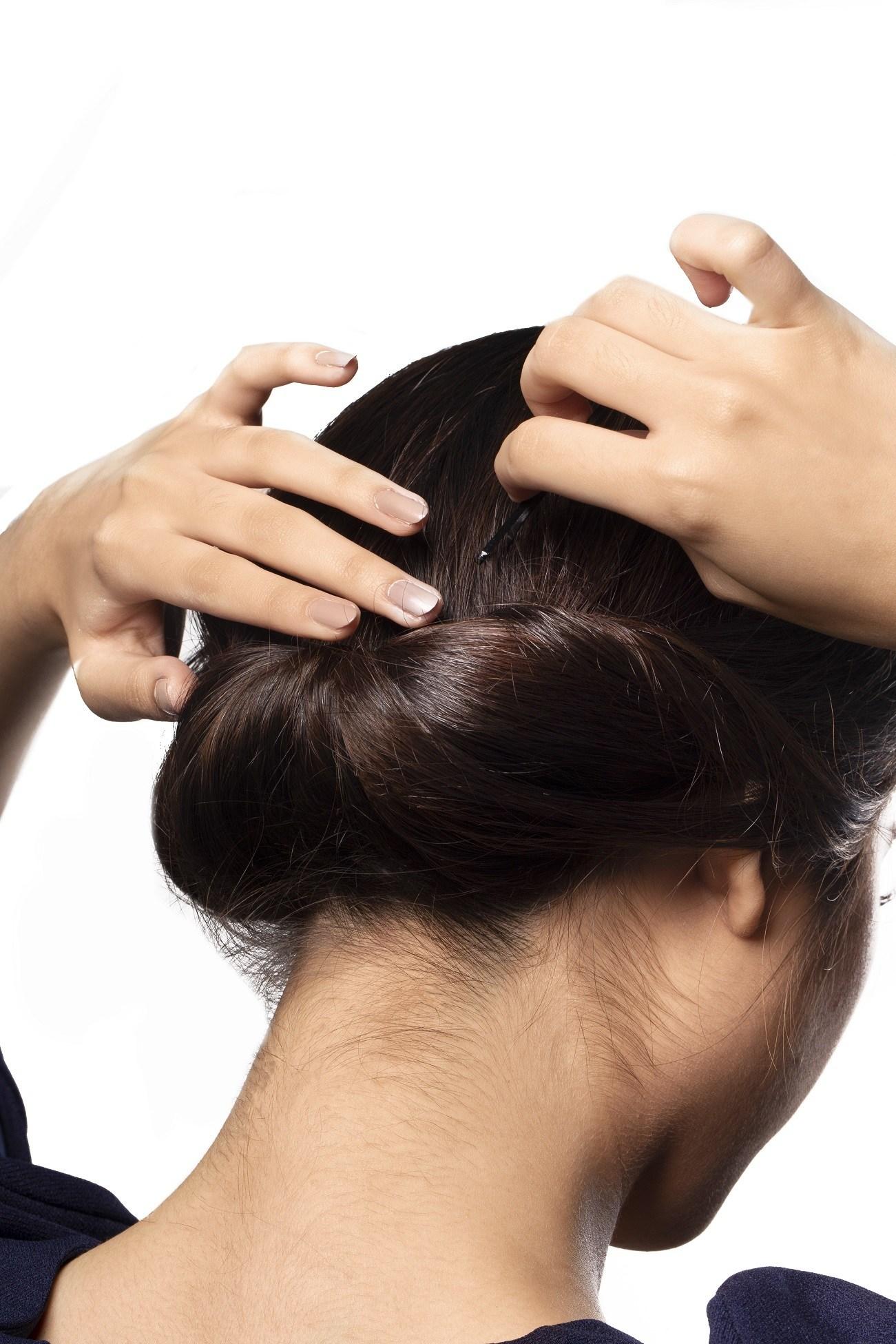 Tutorial Membuat Sanggul Chignon Rambut Pendek