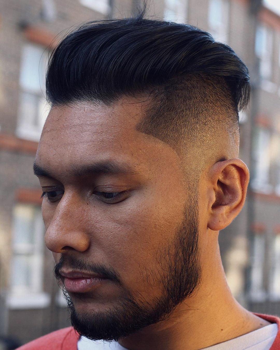 Model Potongan Rambut Pria Undercut Pendek - gaya foto
