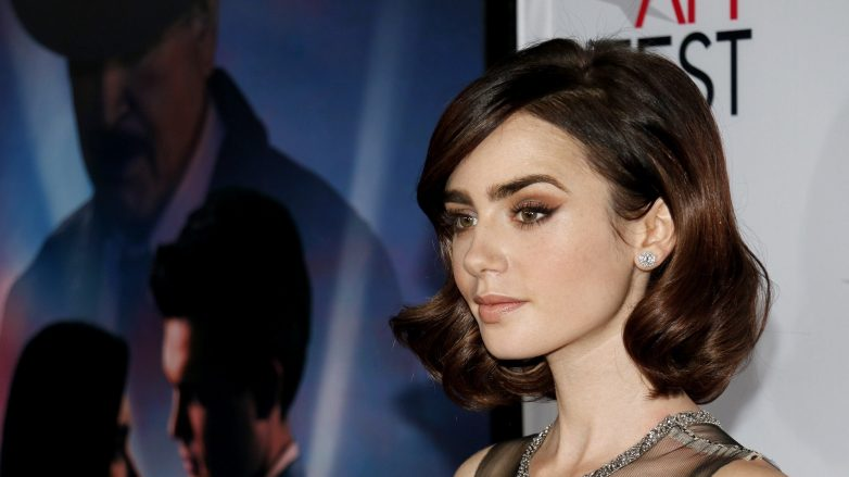 model rambut lily collins