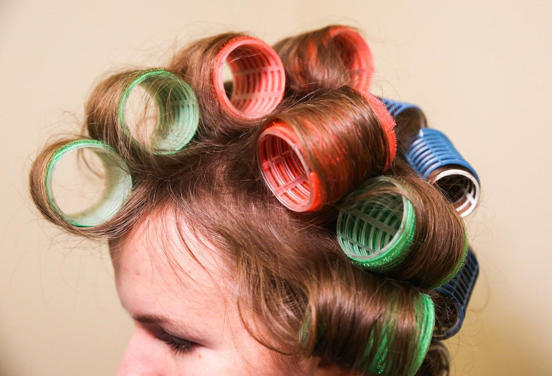 Rol rambut dengan bahan velcro