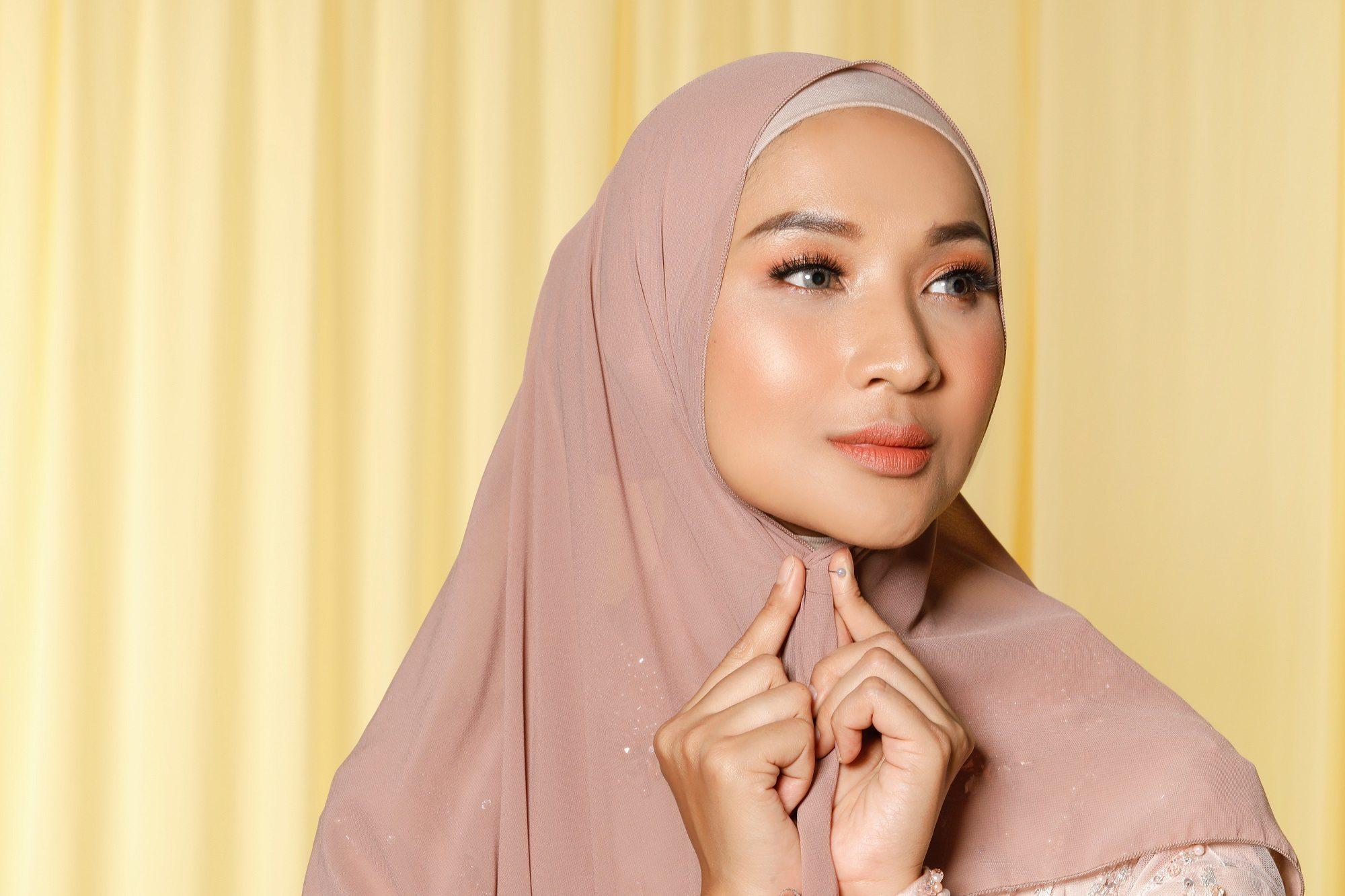 Tutorial Hijab Nikah Yang Simple Untuk Hari Istimewa