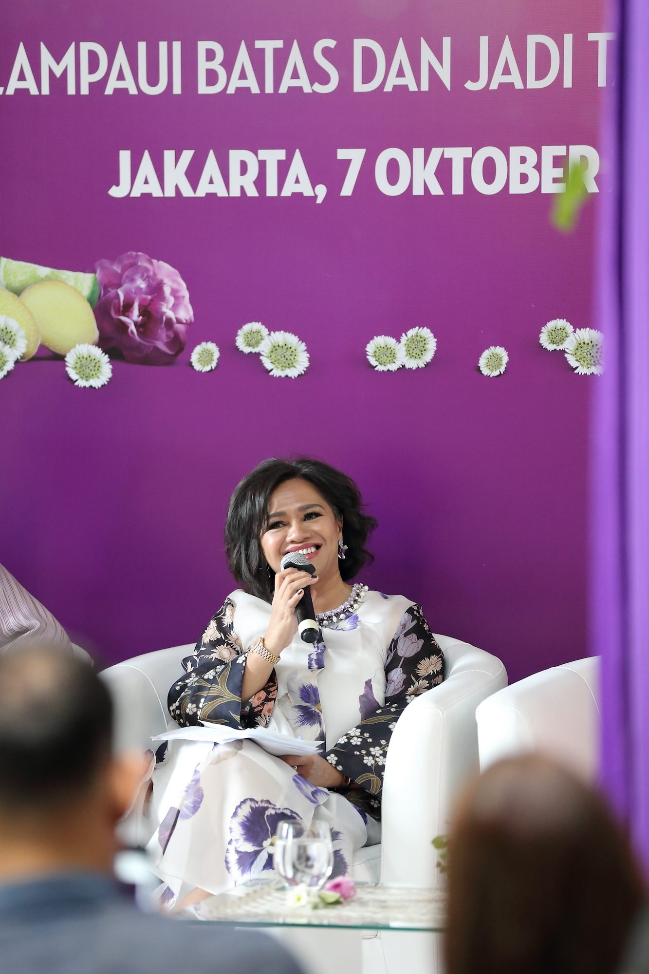 Ira Noviarti press conference campaign Sunsilk