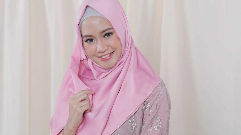 Hijab-Satin-Cover-782x439.jpg