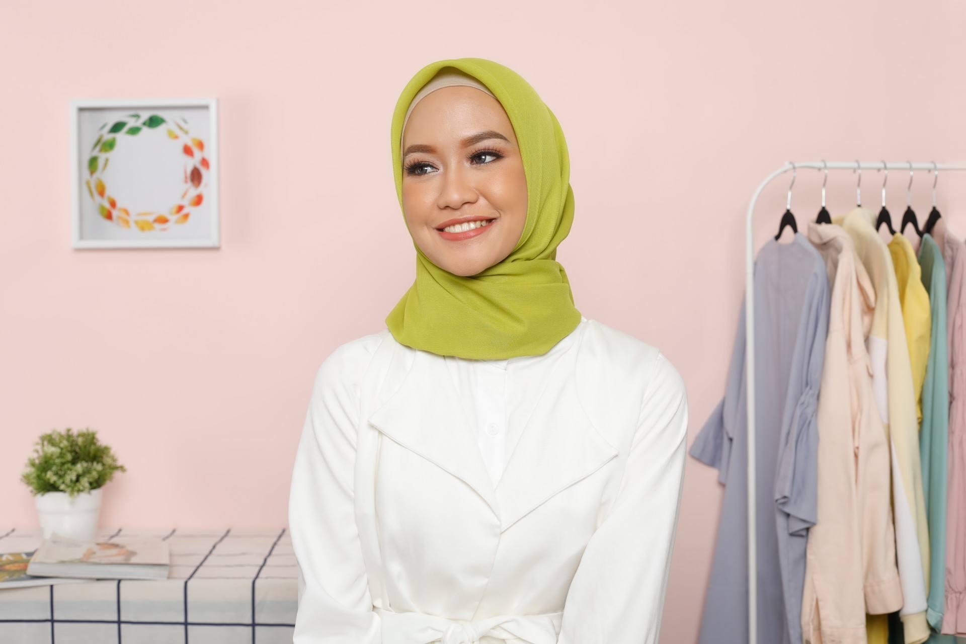 Tutorial Hijab Paris Simple Satu Jilbab Jadi Dua Gaya Berbeda