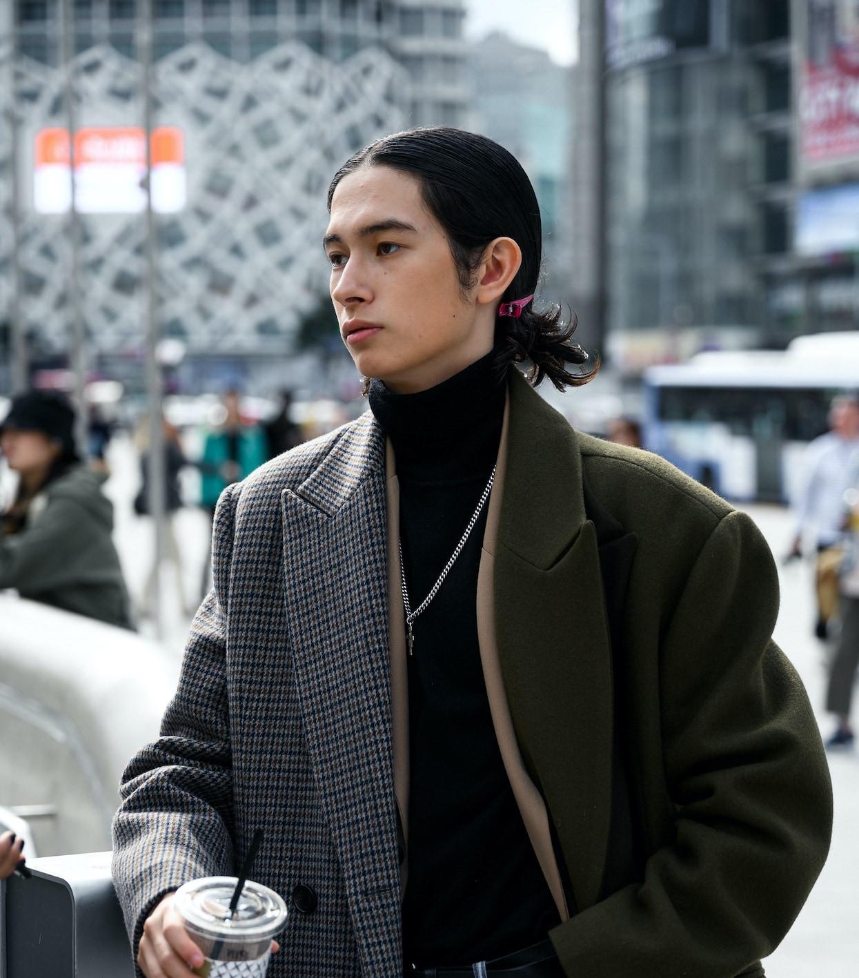 28 Model Rambut Pria Jepang yang Kece, Tertarik Coba?