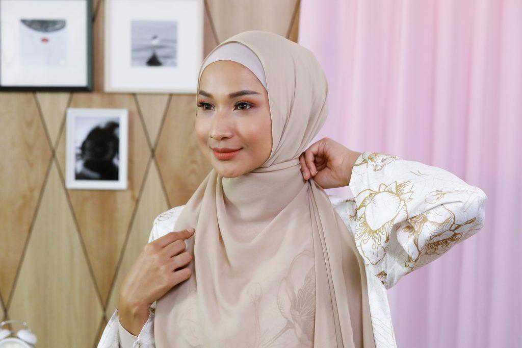 Tutorial Hijab Syar I Yang Simple Nan Santun