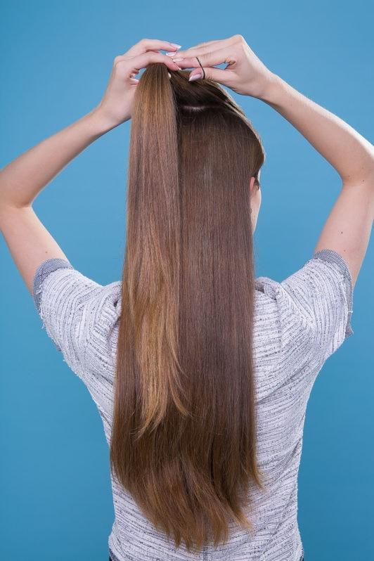Paso a paso pelo largo liso castaño media cola semirecogido