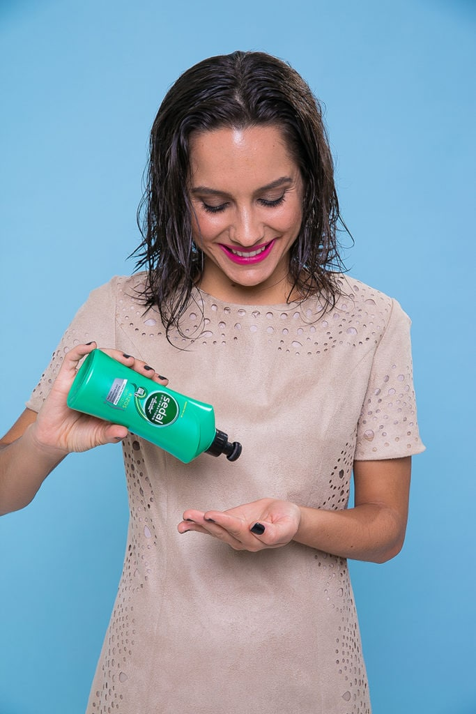 Paso a paso producto Sedal Crema para Peinar Rizos Definidos pelo mojado