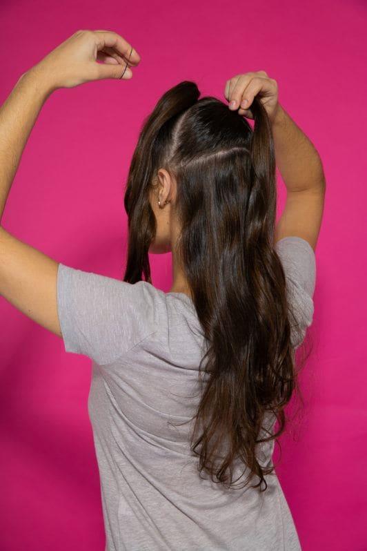peinado mohawk para mujer paso 2