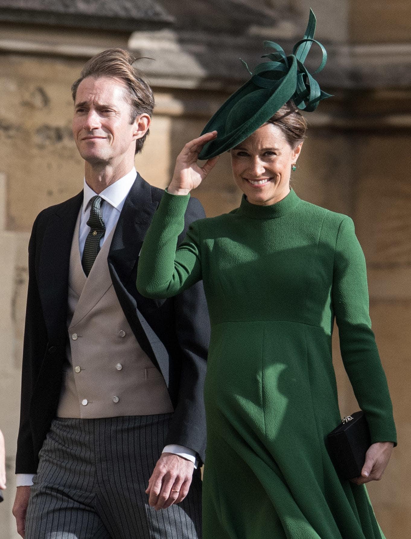 Pippa Middleton con tocado verde