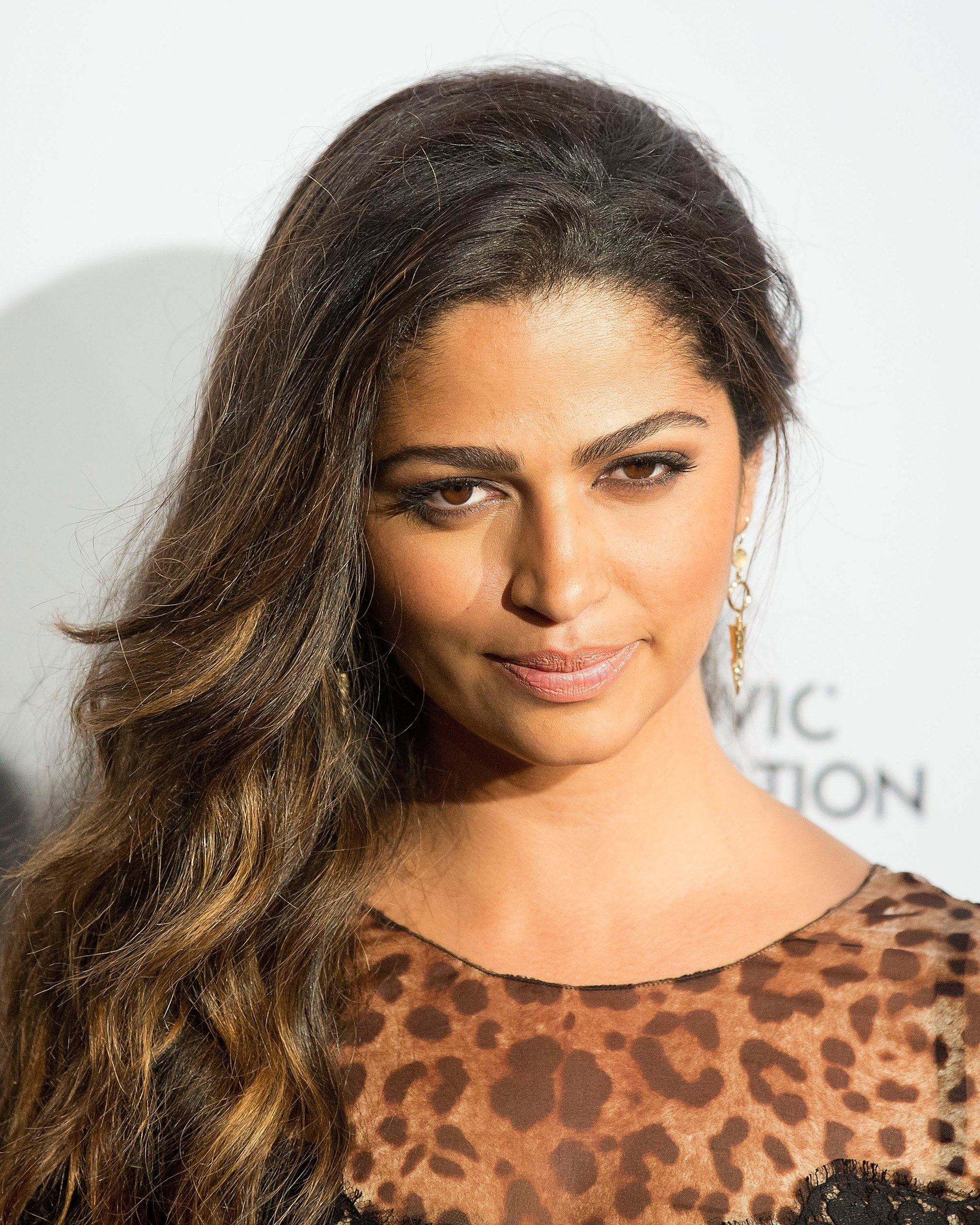 Camila Alves con mechas californianas