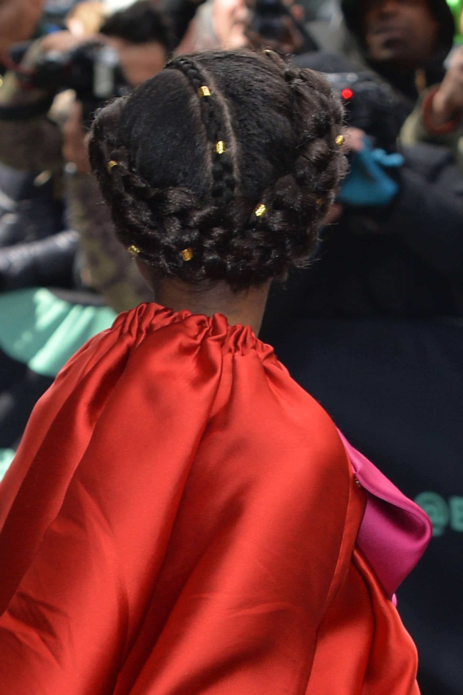 trenza en pelo afro con detalles