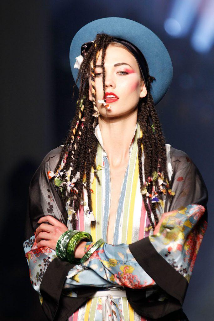 Сharming peinados de los 80 Imagen De Tendencias De Color De Pelo - Los peinados de los 80 están de vuelta con estos 12 estilos