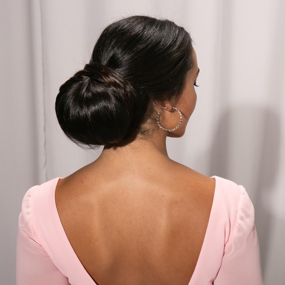 Clásico y sencillo peinados de madrina joven Colección De Cortes De Pelo Tutoriales - Peinados para madrinas de boda: guía para elegir los mejores
