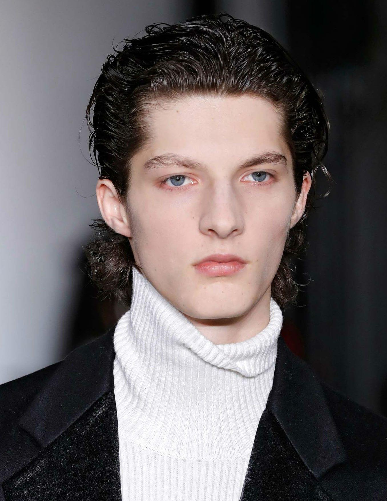 Cabello Ondulado Para Hombre Cortes Peinados Y Cuidados