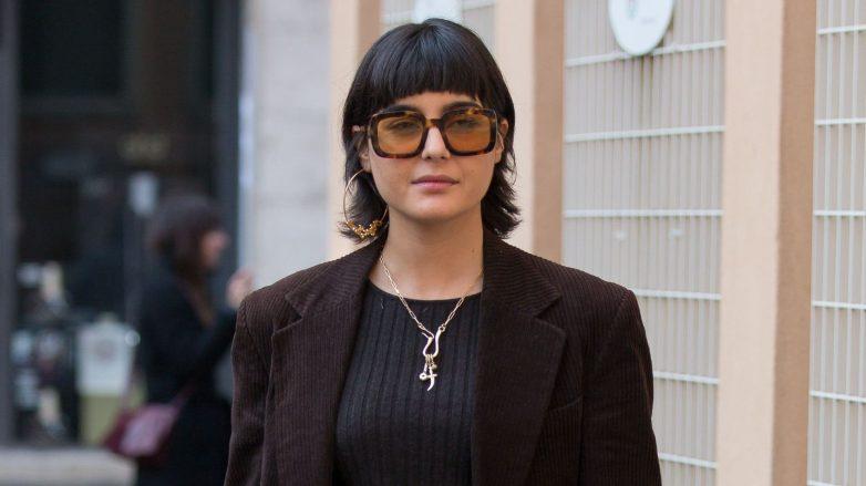 Mujer con corte de cabello shag