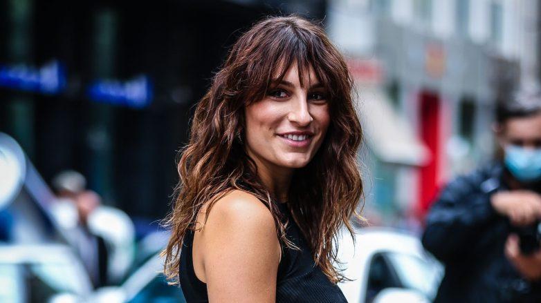 Carlotta Rubaltelli con flequillo desfilado