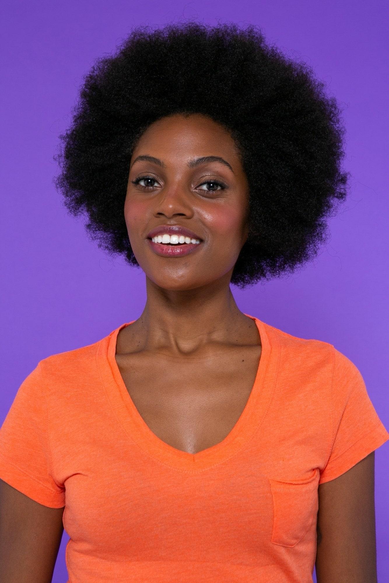 modelo de cabelo crespo estilo blxk power