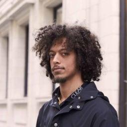 Como ter cabelo cacheado masculino bem cuidado