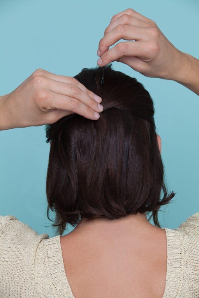 coque em cabelo curto passo 2