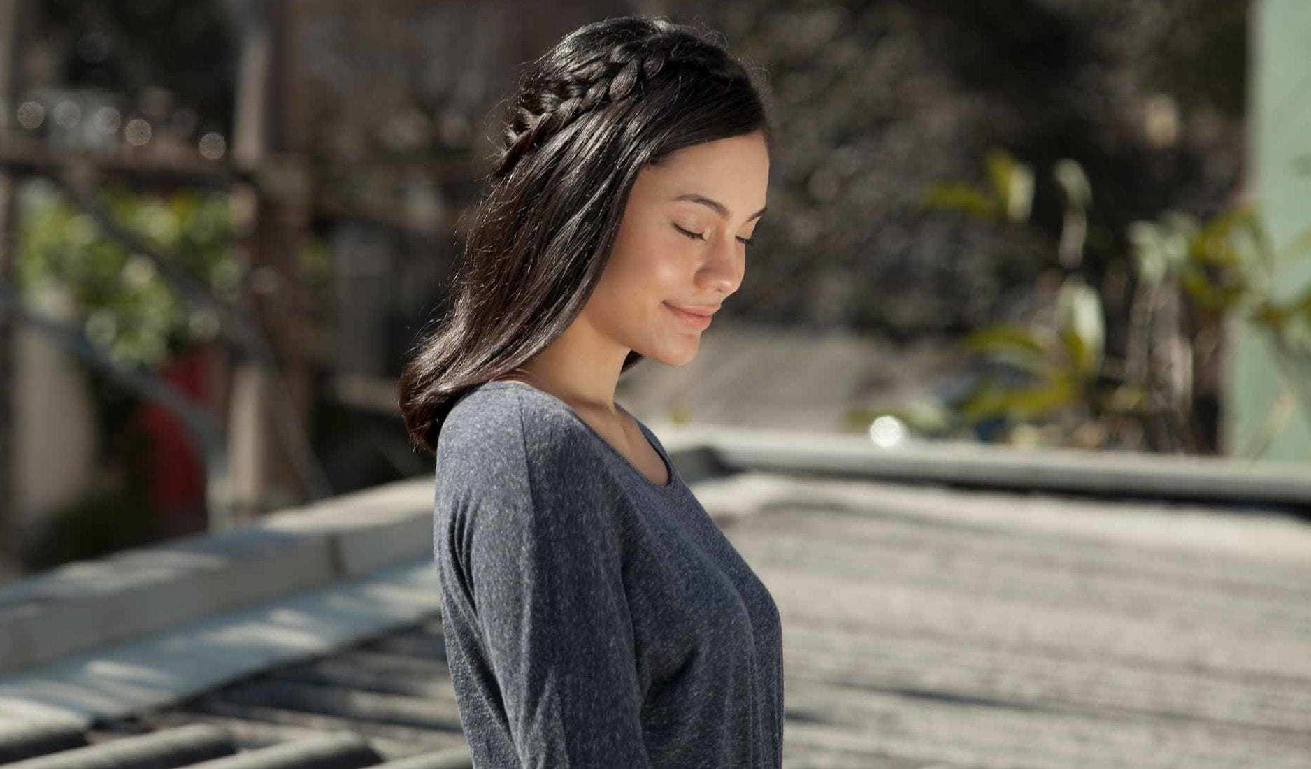 modelo com um dos penteados para lua de mel