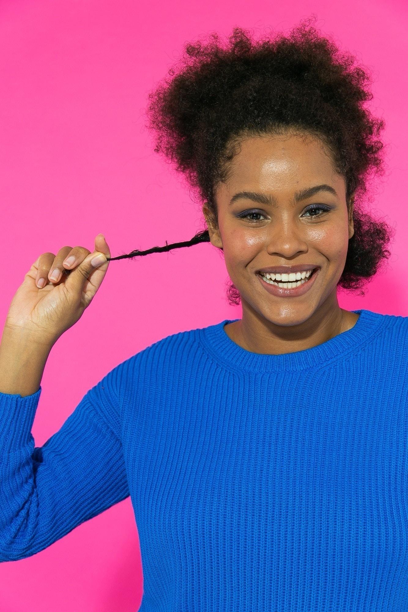 Texturização com trança em cabelo crespo
