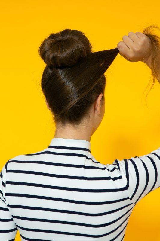 mecha de cabelo transpassando