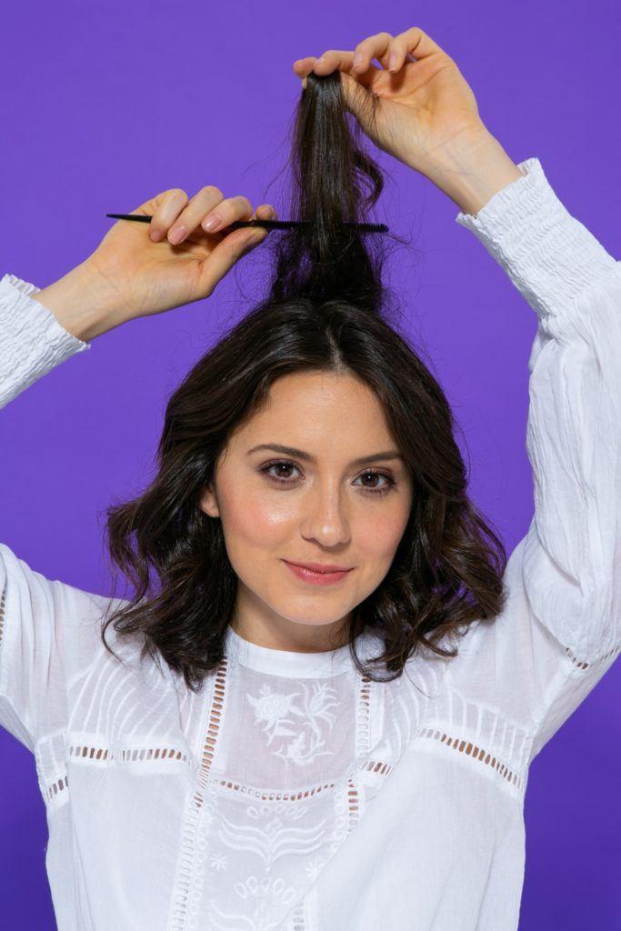 desfiando o cabelo no topo