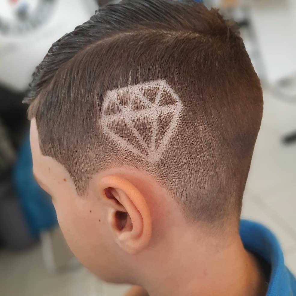 Foto de desenho no cabelo masculino infantil