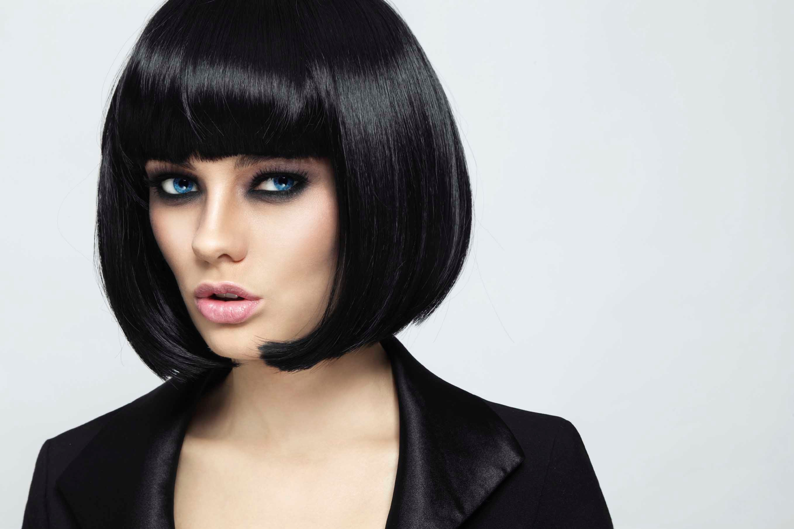 concave bob black hair blunt bangs